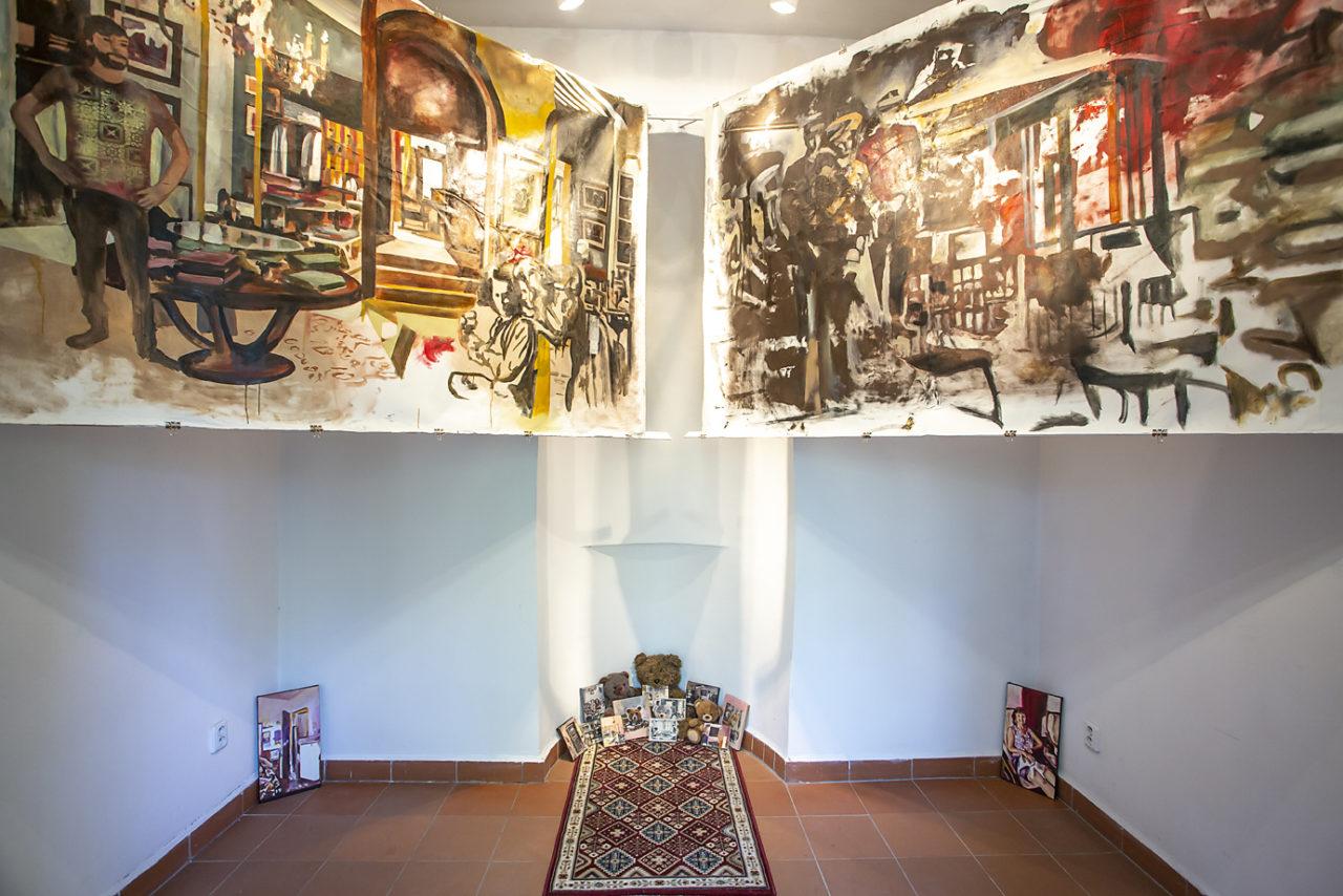 Mihaela Mihalache: Interior Construction and Deconstruction